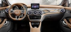 Ausblick auf den kompakten SUV der Premiumklasse: Interieur GLA Concept #gla #mercedes #shanghai