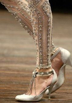 Wow, these are to die for! I don't know if I'd ever wear these, but they are still fabulous!