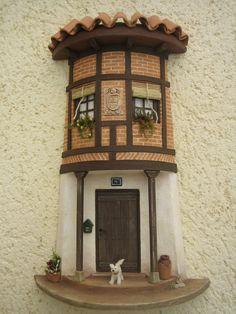 Tejas decoradas Diy Crafts Slime, Slime Craft, Tile Crafts, Diy And Crafts, Pottery Houses, Ceramic Houses, Clay Fairy House, Fairy Houses, Clay Wall Art