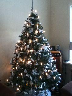 kerstboom zilver met wit lint