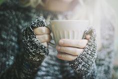 fall fashion // cozy sweaters // hot coffee