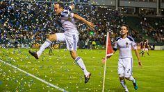#LAGalaxy - #LandonDonovan #10 #ToddDunivant #2 Landon Donovan, Mls Cup, Champs, Soccer, Sports, La Galaxy, Hs Sports, Futbol, Soccer Ball