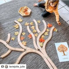 Fall Crafts For Toddlers, Autumn Activities For Kids, Fall Preschool, Creative Activities, Toddler Crafts, Kindergarten Centers, Kindergarten Crafts, Preschool Crafts, Montessori Activities