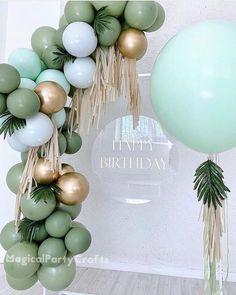 Balloon Arch Diy, Balloon Garland, Balloon Backdrop, Balloon Ideas, Balloon Wall, Baby Boy 1st Birthday, 1st Birthday Parties, Birthday Ideas, Simple Birthday Decorations