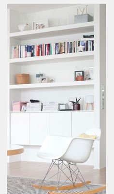 Nice little bookcase nook