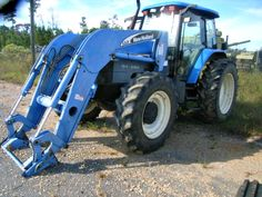 2003 New Holland Tractor on GovLiquidation.