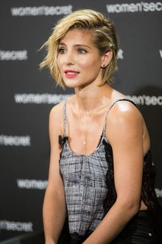 Hair Lookbook: Elsa Pataky wearing Short Wavy Cut (1 of 8). Elsa Pataky traded in her signature pixie for an equally cute wavy bob when she attended the 'Dark Seduction' launch.
