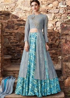 Looking to buy Indian lehenga choli online? Shop latest designer lengha choli online for women. Pakistani Lehenga, Anarkali Gown, Lehenga Choli, Floral Lehenga, Net Lehenga, Lehenga Style, Lehenga Blouse, Sabyasachi, Indo Western Dress For Girls
