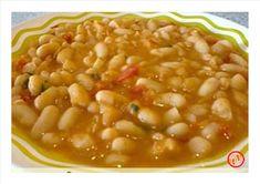 Yatna Yoga: Feijão branco - Série Marrocos Plant Based Recipes, Veggie Recipes, Cooking Recipes, Healthy Recipes, Free Recipes, Healthy Meals For Kids, Kids Meals, Black Bean Stew, My Favorite Food