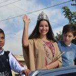 La reina del Poncho 2015, Agustina Barot visitó Alijilán
