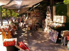 Buenos Aires has 800 bookstores.