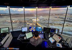 Airport Control Tower, Aviation World, Air Traffic Control, Selena Quintanilla, Tel Aviv, Atc, Planes, Times Square, Pilot