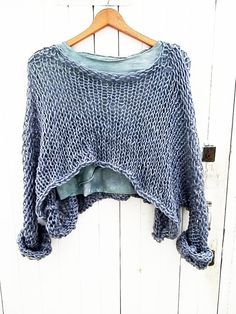 Spanish site? Cool open knits like this. No patterns.
