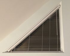 Dreiecksfenster Verdunkeln tolle ideen wie sie ihr dreiecksfenster verdunkeln window