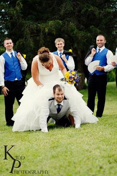 Wedding photography bridal party funny