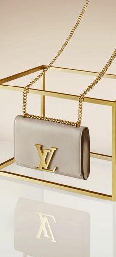 Louis Vuitton via @lexiea2. #LouisVuittton #handbags