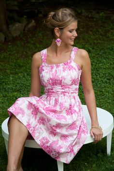Tonight it's time for something special for YOU! I have selected the Jamie dress- Sis Boom! http://www.patternsonly.com/jamie-dress-sis-boom-pdf-download-pattern-xsml-3xl-p-3026.html The deal: If you would like to receive this pattern for FREE, just purchase any 2 epatterns from the huge selection available at http://www.patternsonly.com/pdfs-downloadable-epatterns-c-174.html and enter the CODE: DOTD in the comments at checkout.This deal expires at midnight tomorrow,13th Oct,2012