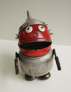 Send Help - By Bill McKenney Bills Retro Robots Sculpture Ideas, Sculpture Art, Create Your Own Robot, Domo Arigato, Diy Robot, Retro Robot, Mechanical Art, Tin Man, Found Art