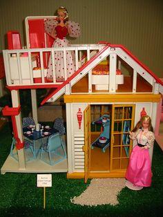 1980s Barbie, Barbie Toys, Barbie Stuff, Vintage Barbie Dolls, Barbie And Ken, Barbie Clothes, Vintage Toys, Barbie Doll House, Barbie Dream House