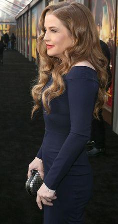 Lisa Marie Presley, Formal, Mj, Celebrities, Style, Fashion, Preppy, Swag, Moda