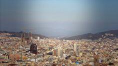 Bye Bye Barcelona es un documental acerca de una ciudad y su relación con el turismo, acerca de la difícil convivencia ...