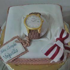 clock cake....