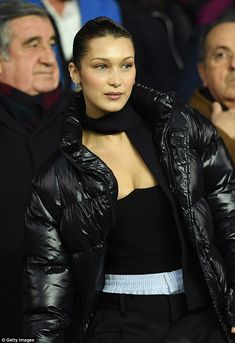 Bella Hadid at the UEFA Champions League of 16 Second Leg match between Paris Saint-Germain and Real Madrid in Paris - Bella Hadid Photos, Bella Hadid Style, Real Madrid Manchester United, Football Dress, Paris Saint, Uefa Champions League, Spice Girls, Girl Day, Girl Problems