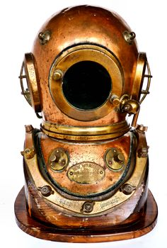 Land And Sea Collection specializes in the highest quality hard hat diving helmets. Now featured is a Siebe Gorman 12 bolt helmet with outstanding provenance. Custom Bike Helmets, Custom Bikes, Diving Helmet, Diving Suit, Scuba Diving Equipment, Scuba Diving Gear, Scuba Diving Pictures, Deep Sea Diver, Sea Diving