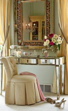 Frontgate loves primping… (and we're certain the Marilyn Vanity Table makes everyone feel like a Hollywood starlet)