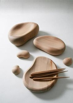 Beautiful, smooth, cedar plates and chopsticks by Masayuki Kurokawa
