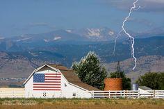 Google Image Result for http://www.jamesinsogna.com/Landscapes/Boulder-County-Colorado/flag-barn-mountains/1112246523_Y7f4T-L-38.jpg
