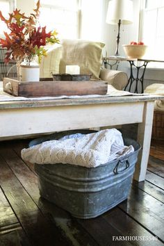 FARMHOUSE 5540: Autumn in the Family Room - love the cozy throw in the…