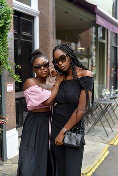 London girl dating blogger
