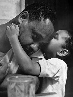"""Diversity is beautiful: Roy DeCarava. Photographing from the book """"The Sweet Flypaper of Life"""" Blackness. Jazz Artists, Jazz Musicians, African American Artist, American Artists, Roy Decarava, Langston Hughes, Walker Evans, Black Image, Famous Photographers"""