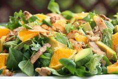 Kuchnia w wersji light: Sałatka z pomarańczą, awokado i orzechami Cantaloupe, Potato Salad, Food And Drink, Healthy Eating, Lunch, Healthy Recipes, Snacks, Dinner, Vegetables