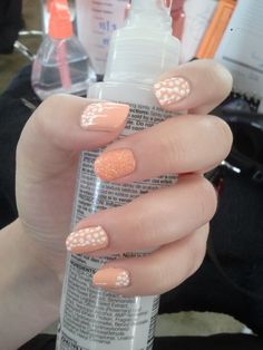 Orange polka dots / glitter