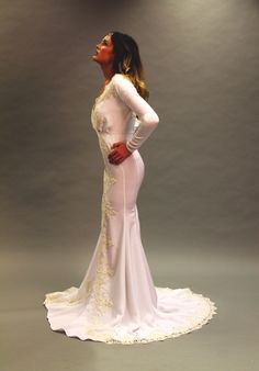 From the side, beautiful long train #weddingdress