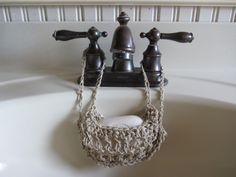Folly Cove Fiber Freak, a blog by Leslie Wind: A Crocheted Soap Hammock