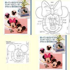 Disney schema Topolino e Minnie feltro pannolenci