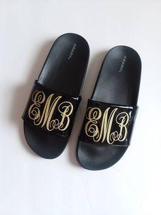 Monogrammed Slip ons - Beach Sandals - slip on sandals - slides with  initials - summer sandals - bridal slides - beach wear - black - gold 40d79b43768e