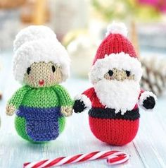 Free Knitting Pattern for 3 Quick Festive Toys: Santa, Mrs Claus and Robin - knitting christmas Knitted Christmas Decorations, Christmas Stockings, Christmas Crafts, Christmas Stocking Fillers, Christmas 2016, Baby Knitting Patterns, Free Knitting, Free Christmas Knitting Patterns, Sweater Patterns