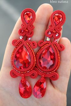 Sutasz Kleo / Kleo Soutache Seed Bead Earrings, Beaded Earrings, Beaded Jewelry, Shibori, Handmade Necklaces, Handmade Jewelry, Soutache Necklace, Polymer Clay Charms, How To Make Beads