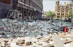 Aftermath of IRA bombing attack on Manchester Arndale Center, June Bolton England, Manchester Bombing, Big Bomb, The Ira, Manchester City Centre, Salford, Great Britain, Old Photos, 15 June