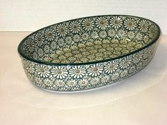 """CA299-504 Green Daisy Oval Baker (6.25"""" x 9.25"""") Hand painted Polish Potteryis safe for use in the oven, microwave and dishwasher"""