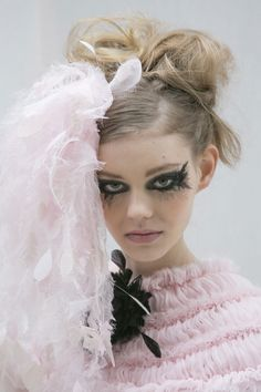 Ondria Hardin backstage at Chanel Haute Couture Spring 2013.
