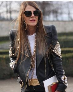 Anna Dello Russo love the jacket, belt and jewelry Casual Chic, Style Casual, Style Me, Rock Style, Milan Fashion Weeks, Paris Fashion, Winter Fashion, Anna Dello Russo, Men With Street Style