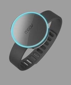 The Moov fitness tracker can be worn a variety of ways depending on your activities. It can strapped around your arm or ankle, or mounted on equipment like tennis rackets or golf clubs.