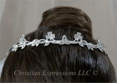 Display your Irish heritage with a Shamrock/ Celtic Knots Wedding Headpiece