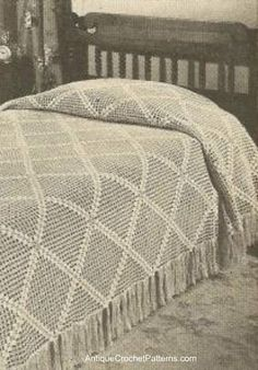 Image Detail for - Diagonal Bedspread - Free Crochet Bedspread Pattern Crochet Bedspread Pattern, Crochet Quilt, Crochet Home, Thread Crochet, Filet Crochet, Crochet Blanket Patterns, Crochet Afghans, Crochet Blankets, Vintage Crochet Patterns