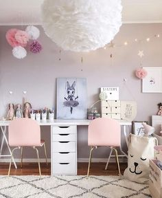 "Gefällt 499 Mal, 51 Kommentare - 3 Little Crowns (@3.little.crowns) auf Instagram: ""Every little girls dream bedroom in the home of @interiorbysarahstrath 💕 You can shop the Tellkiddo…"""